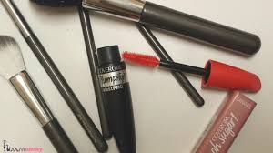 what u0027s in my covergirl plumpify ohsugar voxbox yummommy