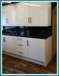 kitchen cabinet cornice discount hunters kitchen centre cornice pelmet plinths