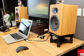 Studio Monitor Desk Stands by Isoacoustics Taking Focal U0026 Audioengine To New Heights Dar Ko