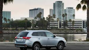 mitsubishi 2017 mitsubishi outlander gt s what you need to know about