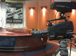 News Studio Desk by File Truman Media Studio With News 12 Set Jpg Wikimedia Commons