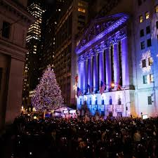new york stock exchange celebrates 94th annual tree