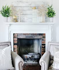 easy mantel decorating ideas and a giveaway thistlewood