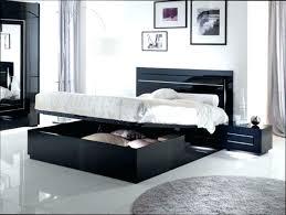 chambre avec lit noir lit fer forge noir deco chambre lit noir deco chambre adulte avec
