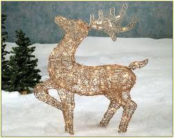 lawn reindeer with lights lawn reindeer with lights outdoor light up reindeer light up
