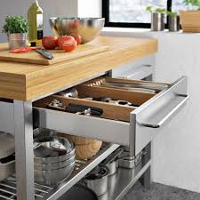 ranger cuisine table de cuisine but great le coin repas tables with table de