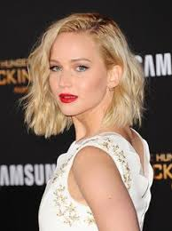 hambre hairstyles i mean her hair this golden choppy long bob is what hair