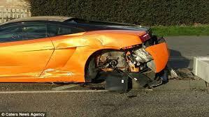 lamborghini gallardo buy driver crashes lamborghini gallardo near leicestershire