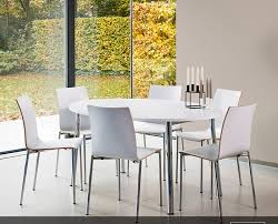 table ronde cuisine design amusant table ronde cuisine pied central chaise bois ikea design