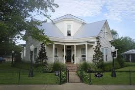 waco texas real estate chip and joanna gaines magnolia house is reflection of fixer upper style by joanna and