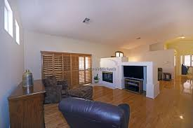 Las Vegas Laminate Flooring Sunrise Manor Homes For Sale Las Vegas Nv 1040 Caramel Almond