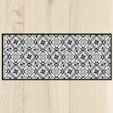 tapis pour la cuisine tapis cuisine carreaux black