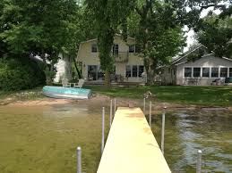 lakefront 4 bedroom 2 bath home for rent homeaway burlington