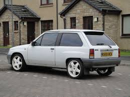 vauxhall white car picker white vauxhall nova