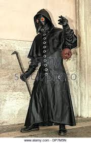 plague doctor costume the plague doctor stock photos the plague doctor stock images alamy