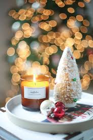 8 candles to gift this holiday season