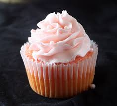 Frosting Recipe For Decorating Cupcakes Best 25 Strawberry Buttercream Frosting Ideas On Pinterest