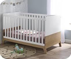 chambre bebe en bois mini chambre bébé aloa blanche et bois
