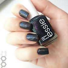 review essie haute tub rouge geek