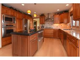 kitchen cabinets madison wi 10 ashley cir for sale madison wi trulia