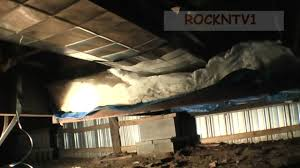 Insulation Blanket Under Metal Roof by Fix Mobile Home Floor Insulation Youtube