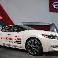 nissan sentra drive arabia etisalat nissan launch middle east u0027s first connected car