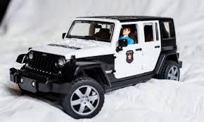 police jeep wrangler купить bruder jeep wrangler unlimited rubicon полиция с фигуркой
