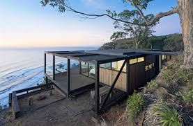 cool houses clinging to cliffs to take in all the beauty till house