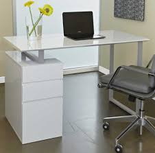 White Office Desk by White Home Office Desk Design Ideas That Will Suit Your Work Style