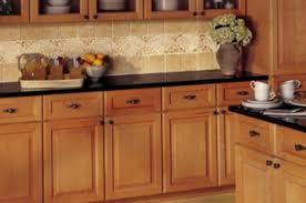 des cuisines en bois meuble de cuisine bois 37992360 guide achat meubles lzzy co