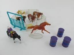 minnie whinnies 12 best mini whinnies breyer horses images on breyer