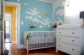 babyzimmer wandgestaltung ideen kinderzimmer streichen ideen junge set interior design ideen
