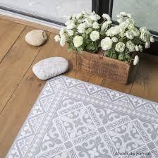 tapis pour cuisine coup de coeur l illusion carreaux de ciment en vinyle de beija