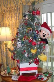 Christmas Tree Toppers Disney by Disney Floral U0026 Gifts Creates Christmas Magic That Lasts A