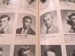 i leonard high school yearbook lot detail lenny nfl hof reading high school yearbook