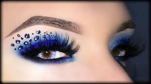 leopard halloween makeup ideas blue smoky eyes with leopard print halloween makeup
