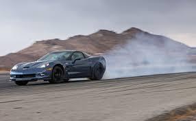 corvette clutch burnout burnout test 2012 corvette zr1 vs 2013 srt viper gts