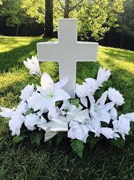 amazon com eternal light cross solar lighted cross for cemetery