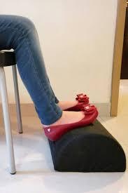Laptop Cushion Desk by Amazing Of Footrest For Office Desk 3 Form Under Desk Foot Rest