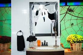 Crime Scene Bathroom Decor Easy Diy Decorations For Your Halloween Party Today Com