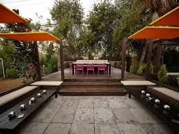 outdoor dining rooms 55 patio bars outdoor dining rooms hgtv restaurant bar patio sg2015