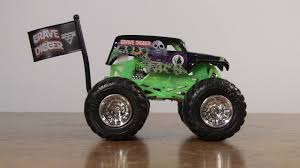 wheels monster jam grave digger truck wheels monster jam grave digger team flag unboxing youtube