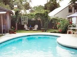 10 airbnb rentals with vintage vibes in fredericksburg texas