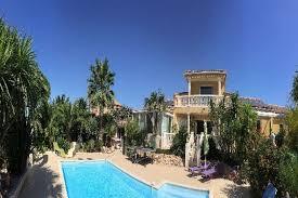 chambres d hotes languedoc roussillon bord de mer chambre d hôtes avec piscine à villelongue de la salanque dans les