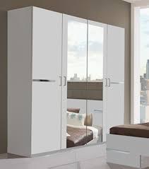 armoire de chambre à coucher chambre a coucher blanche avec armoire chambre blanche indogate