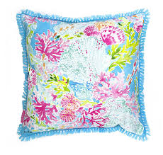 amazon com lilly pulitzer coral cay large pillow home u0026 kitchen