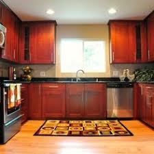 kitchen color schemes with cherry cabinets stylish kitchen cabinets in cherry the best creation of cherry