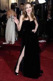 oscars 2012 angelina jolie u0027s right leg got a twitter account
