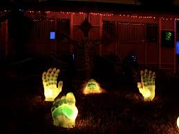 scary cheap halloween decorations