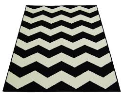 5 By 7 Rug Black And White Chevron Rug Roselawnlutheran